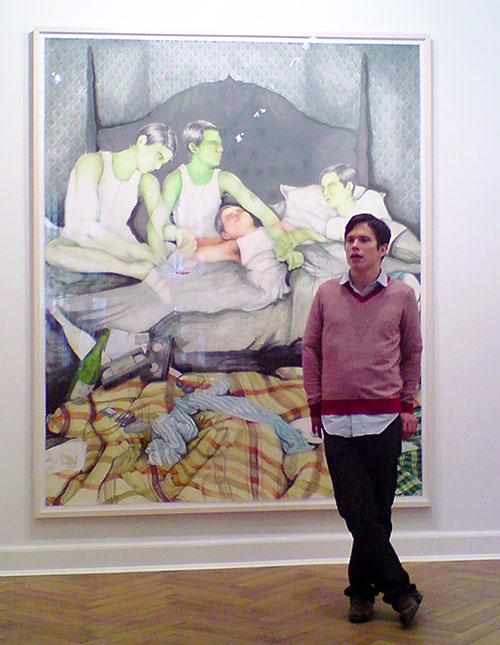 Anthony Goicolea vor seinem Bild, in der Galerie Aurel Scheibler