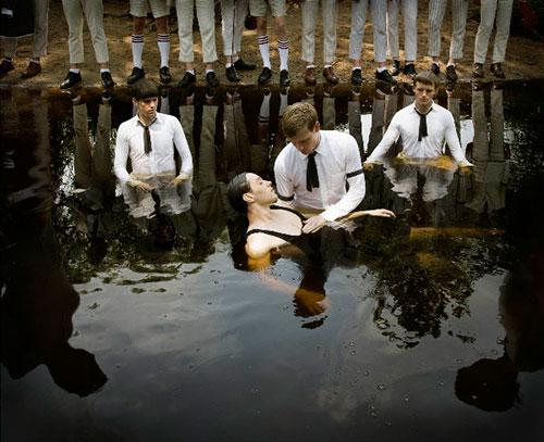 Still waters, Taufe, Baptising, Septemberists - Fotografie von Anthony Goicolea