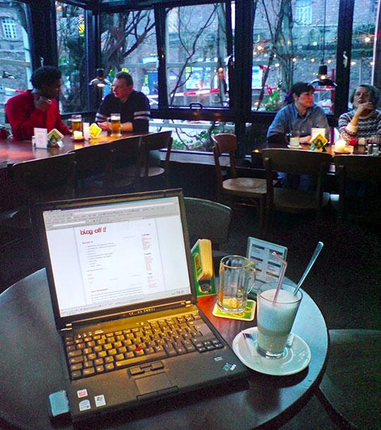 Samstags im Café Bleu
