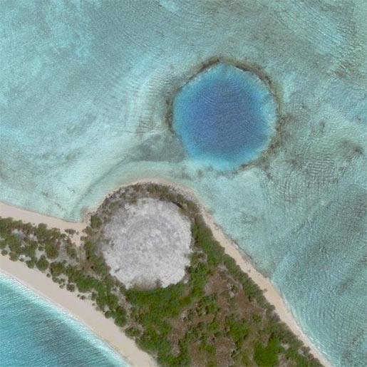 zar bomben krater